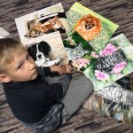 9-year-old-Russian-boy-trades-his-art-for-abandoned-dog-food-and-medicine-5da964d9c33bf__700